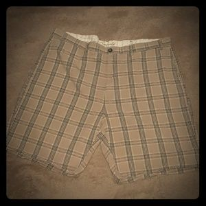 Roundtree & Yorke Straight Fit Plaid Shorts Sz 46
